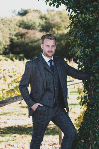 Tweed And Wool Suits