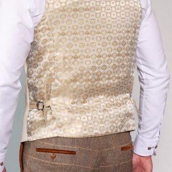 Marc Darcy - Kelvin Cream Double Breasted Waistcoat